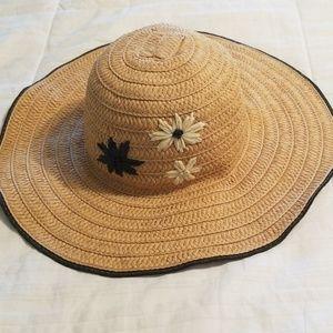 target Accessories - Straw hat with floppy brim